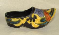 Photo for 1930's Gouda 'Medica' Hand Painted Sabot / Clog